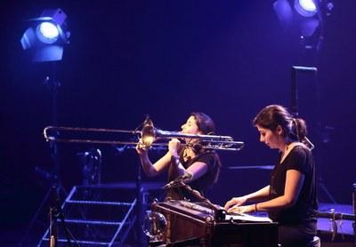 Alice et Mathilde : complicité en musique
