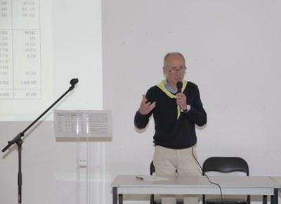 25 - Gérard Ducroquet, Trésorier des AEM explique les éléments financiers du bilan 2017
