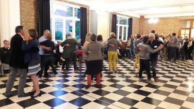 35 - Deuxième partie de soirée ... dansante !
